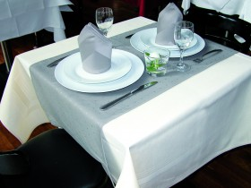 Tischwäsche grau/beige